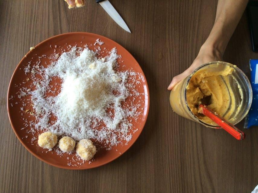aprikosen zitronenzest mandeln energyballs vorbereitung 2